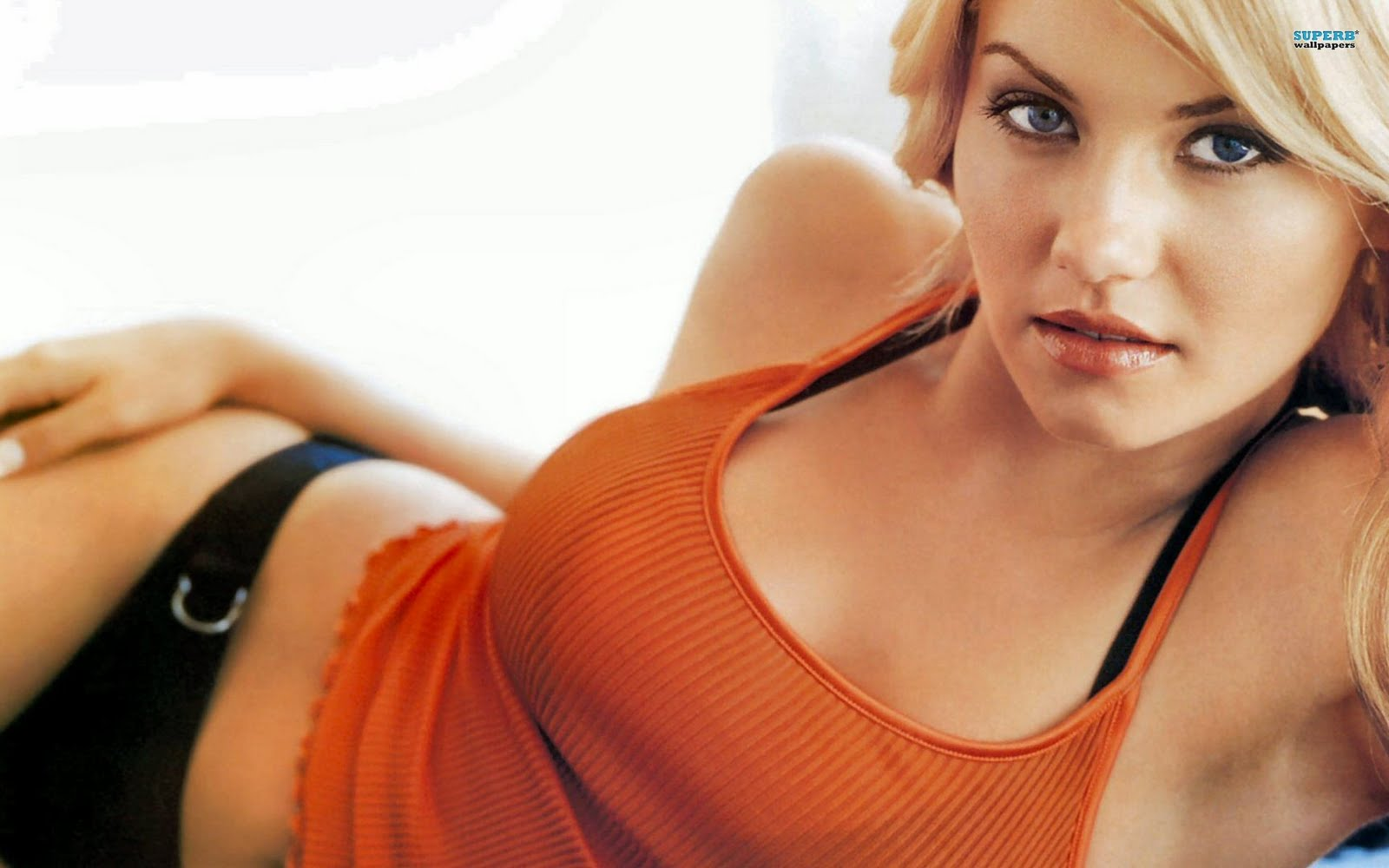 hot woman wallpapers: cute and beautiful girls wallpaper pack 9