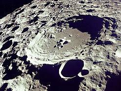 Russia mengintai untuk buat koloni di terowong bulan