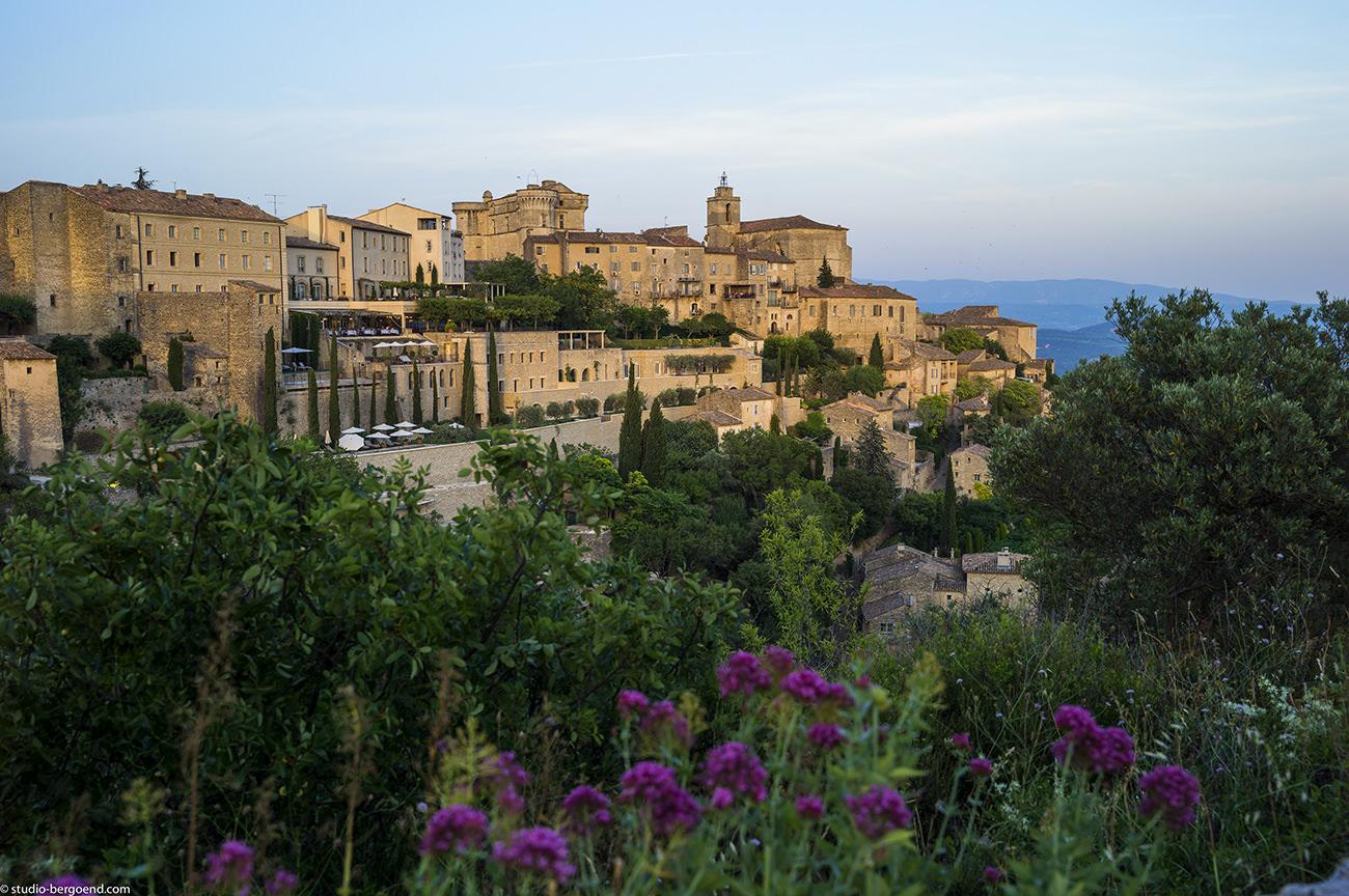 Passion for luxury la bastide de gordes hotel spa for Hotels gordes