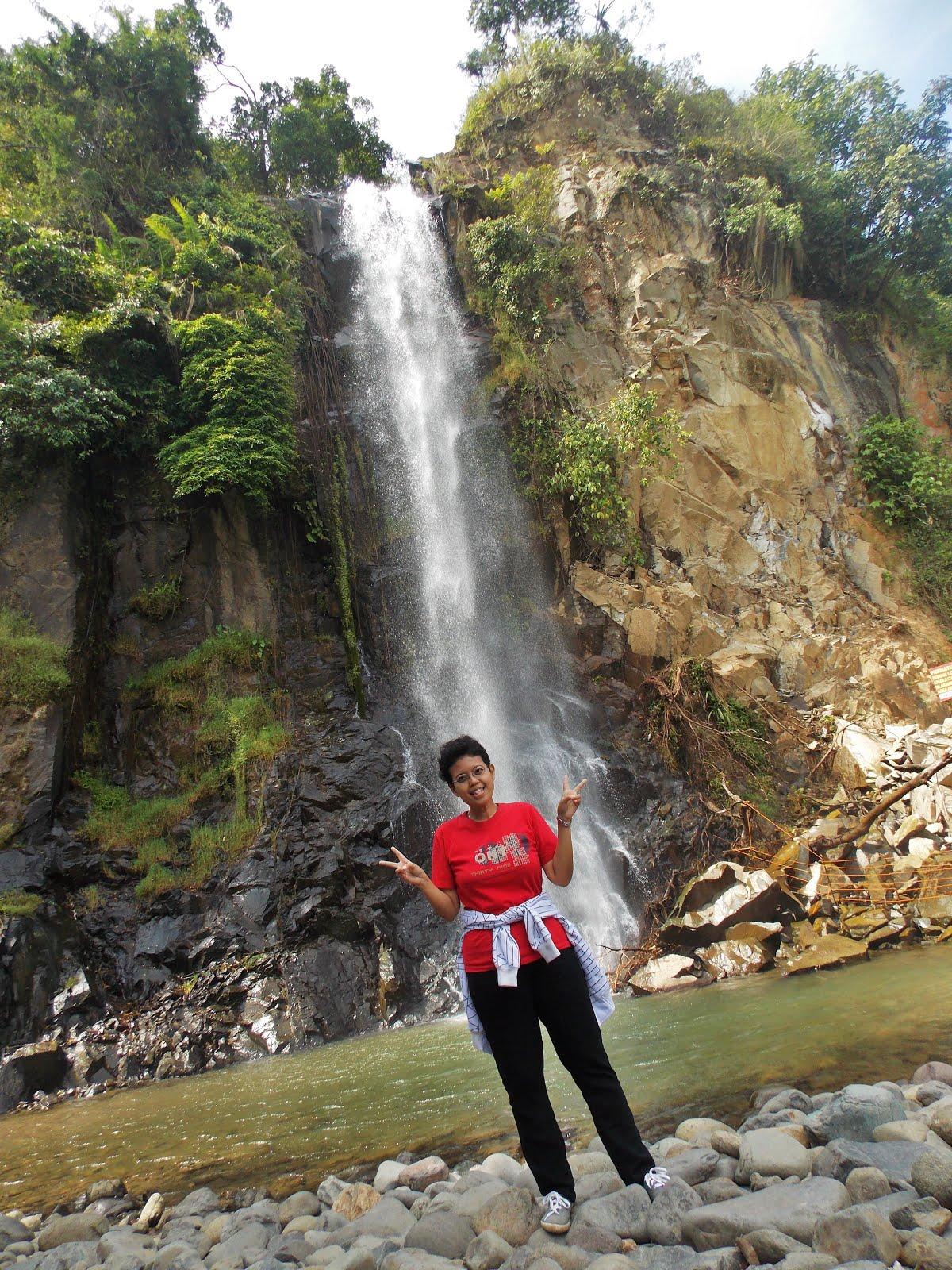 Curug Bidadari (Bidadari Waterfall)