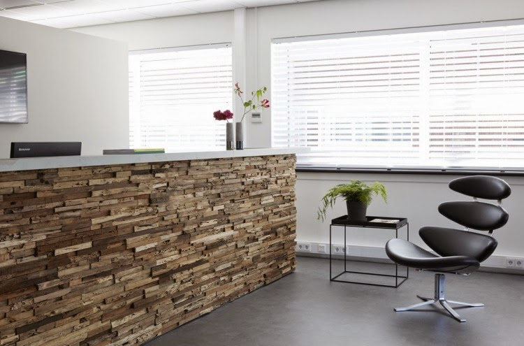 3d wall panels in receiving space for reception