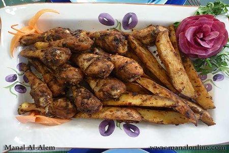 أفخاذ الدجاج المشوية مع البطاطس