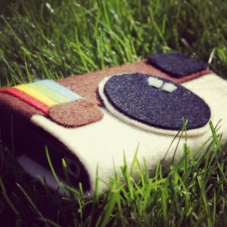 Instagram felt phonecover phone cover vilt telefoonhoesje insta give away