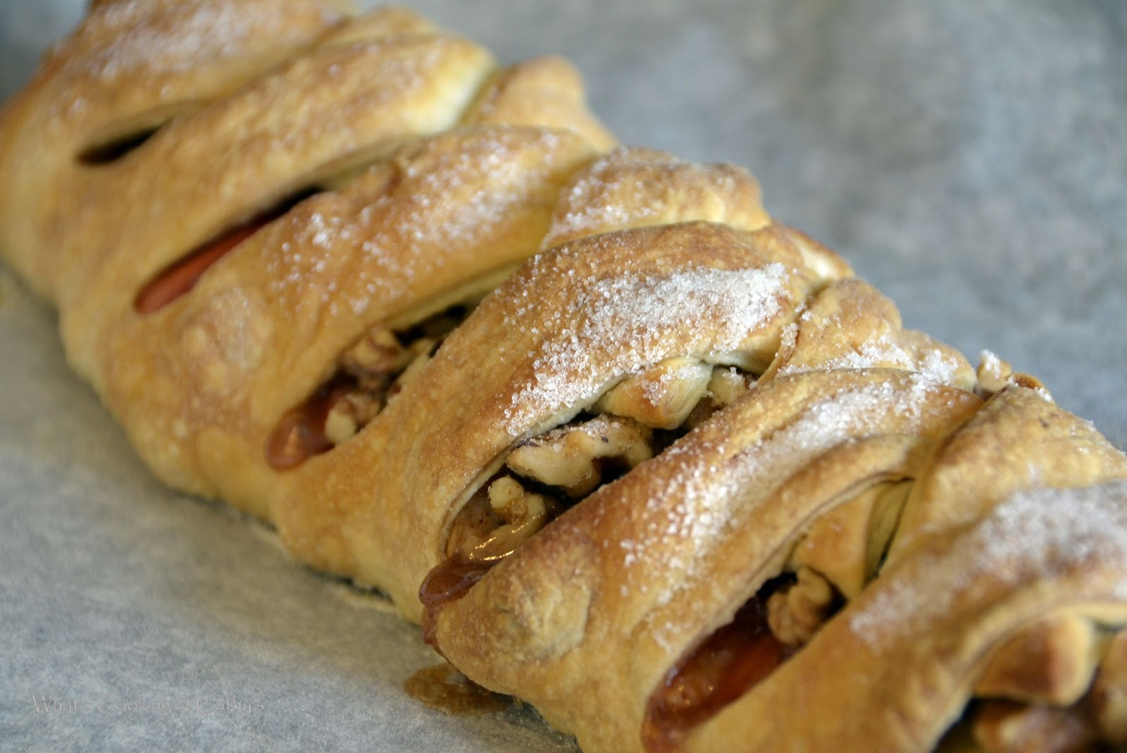 apple strudel ingredients 2 medium to large apples cored and sliced ...