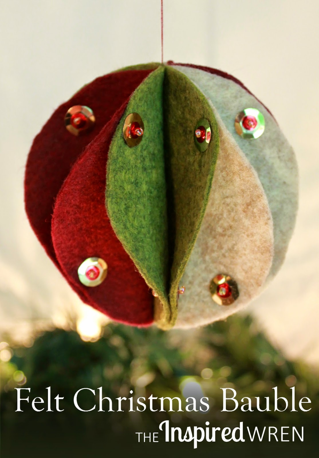 Felt Bauble Tutorial: Step by step directions to create a handmade felt sphere for the holidays, make it with thread or with hot glue.