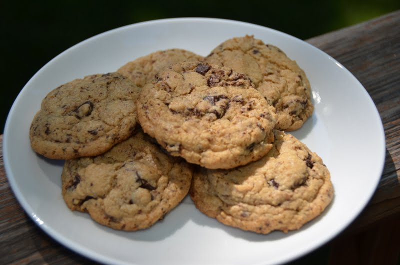 Playing with Flour: Whole wheat chocolate chip cookies