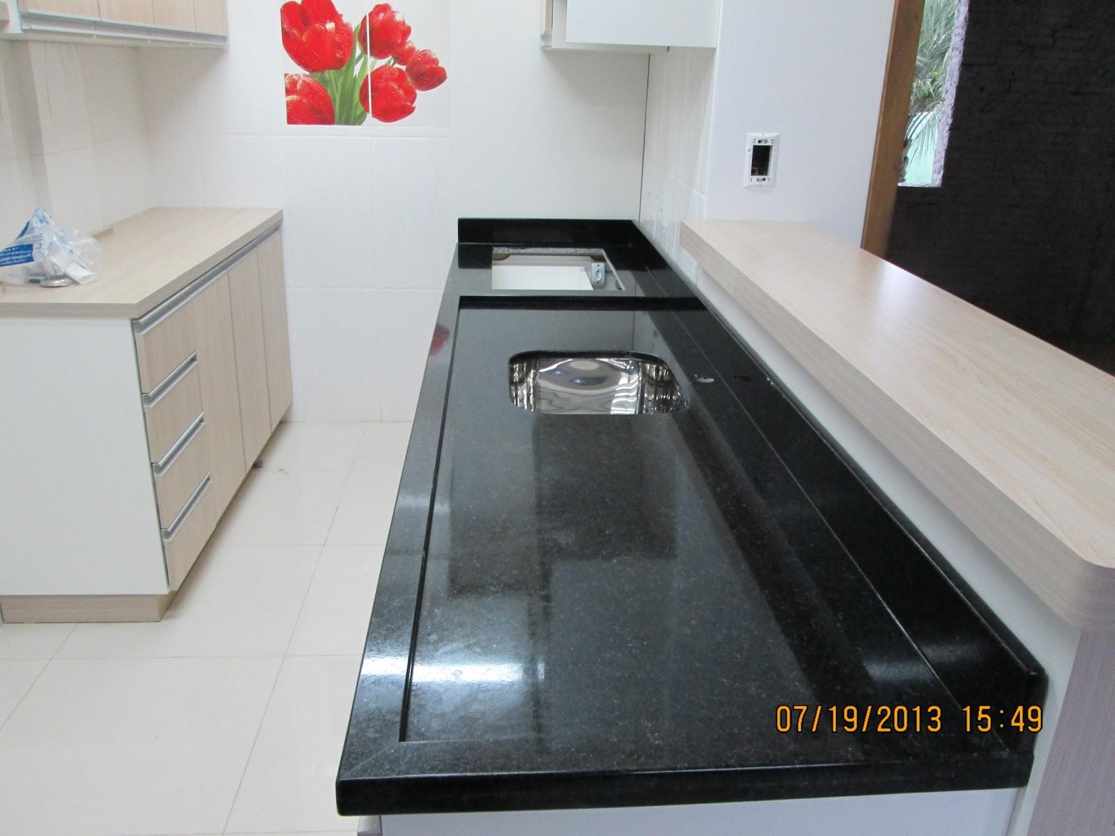 MARMORARIA CARDOZO: Bancada de cozinha em Granito Preto São Gabriel #AB2024 1600 1200