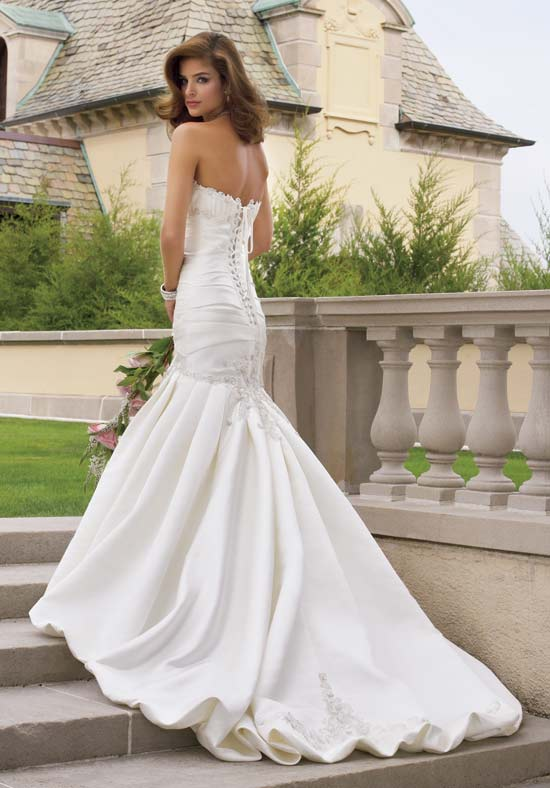 Fashion she9 bridal dresses in usa 2013 by fashion she 9 for Wedding dresses in the usa
