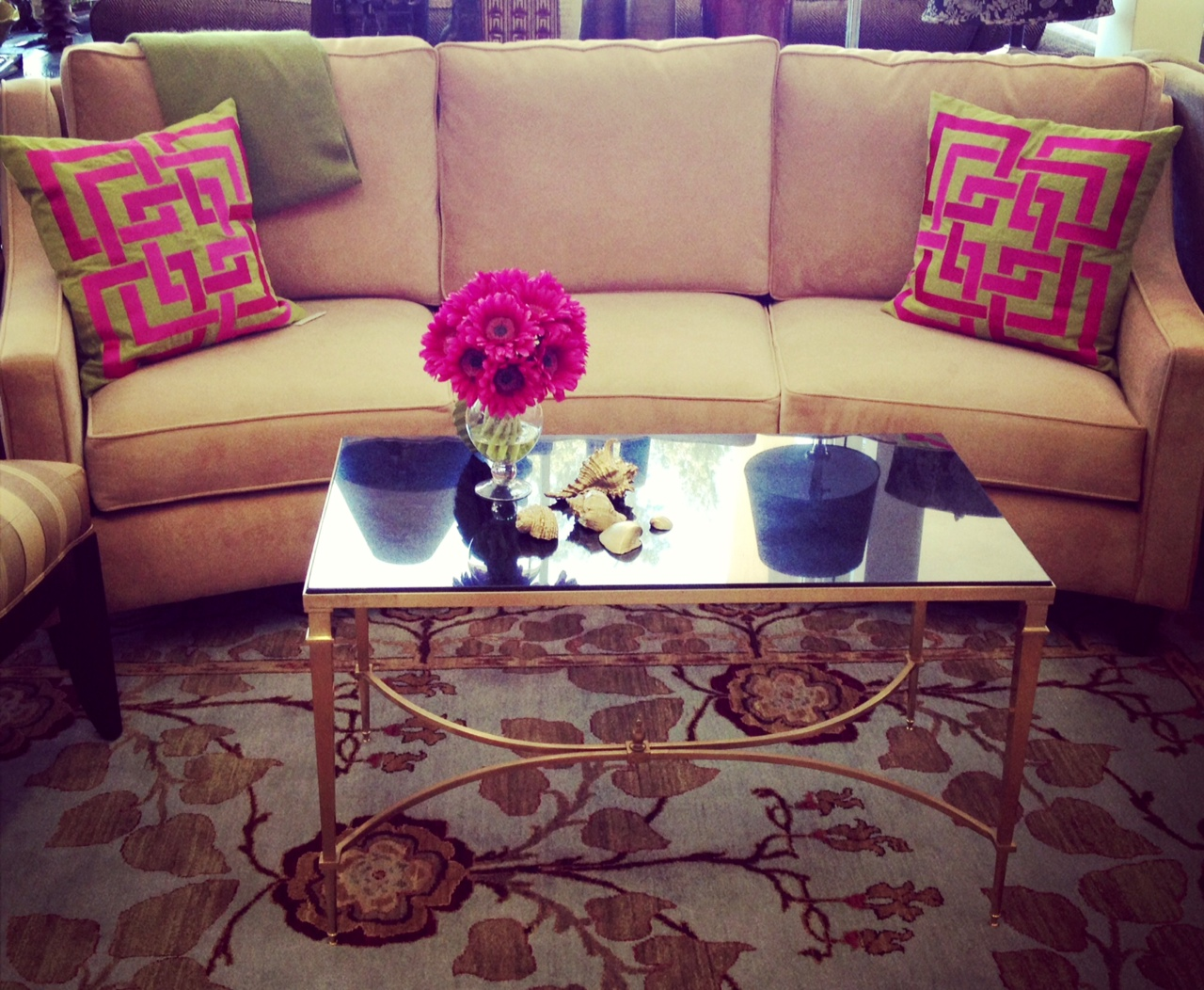 Custom Comfort Color Your World Sofas In Bold Shades Are Among Popular New Furniture Trends