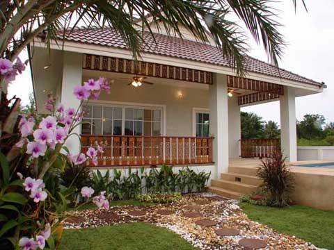 Beautiful home designs prime home design beautiful home for Modelos de jardines interiores