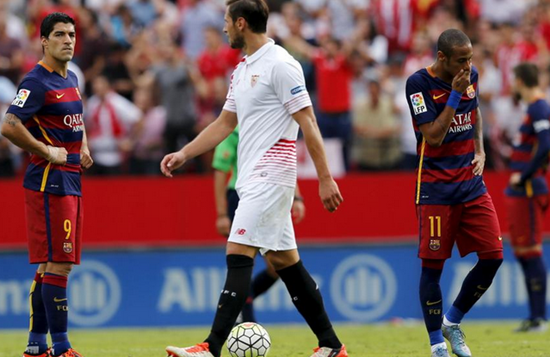 Sevilla 2 x 1 Barcelona - Campeonato Espanhol(La Liga) 2015/16