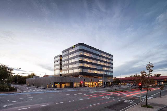 02-Office-Building-Buddinge-by-Schmidt-Hammer-Lassen-Architects
