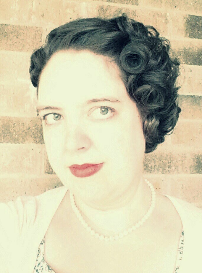 Aux Belles Choses My Vintage Middy Haircut