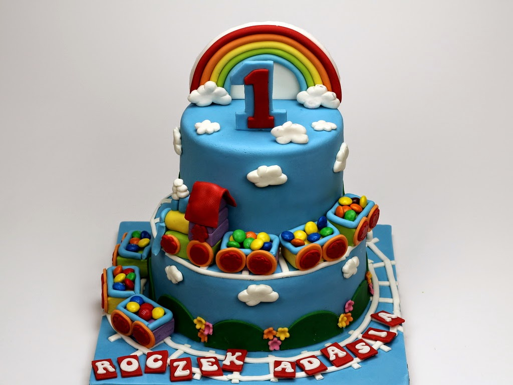 1st bday cakes in london