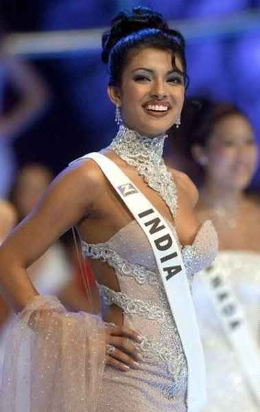 Popular Priyanka Chopra Miss World 2000 Myideasbedroomcom