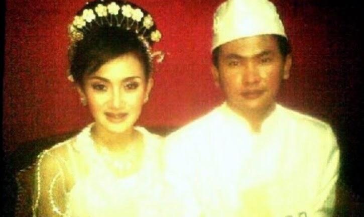 Foto pernikahan Galih Purnama alias Ijonk dan Cita Citata