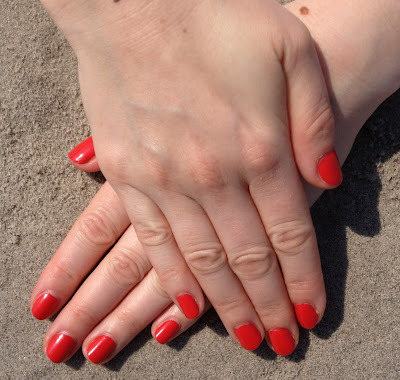 Essie, Essie nail polish, Essie Spring 2012 nail polish collection, Essie Ole Caliente nail polish, nail, nails, nail polish, polish, lacquer, nail lacquer, mani, manicure, mani of the week, manicure of the week, Essie mani, Essie manicure