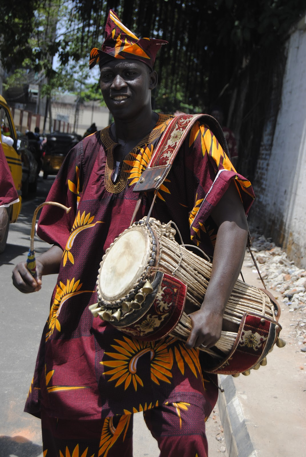 african yoruba drumming Music and drumming is an important aspect of culture in numerous  here are  group of yoruba egungun (masqueraders representing the.