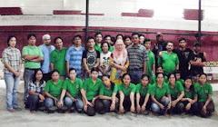 Karyawan Pabrik Karpet Masjid