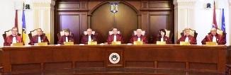CCR dezbate recunoaşterea căsătoriilor între persoane de acelaşi sex pe teritoriul României