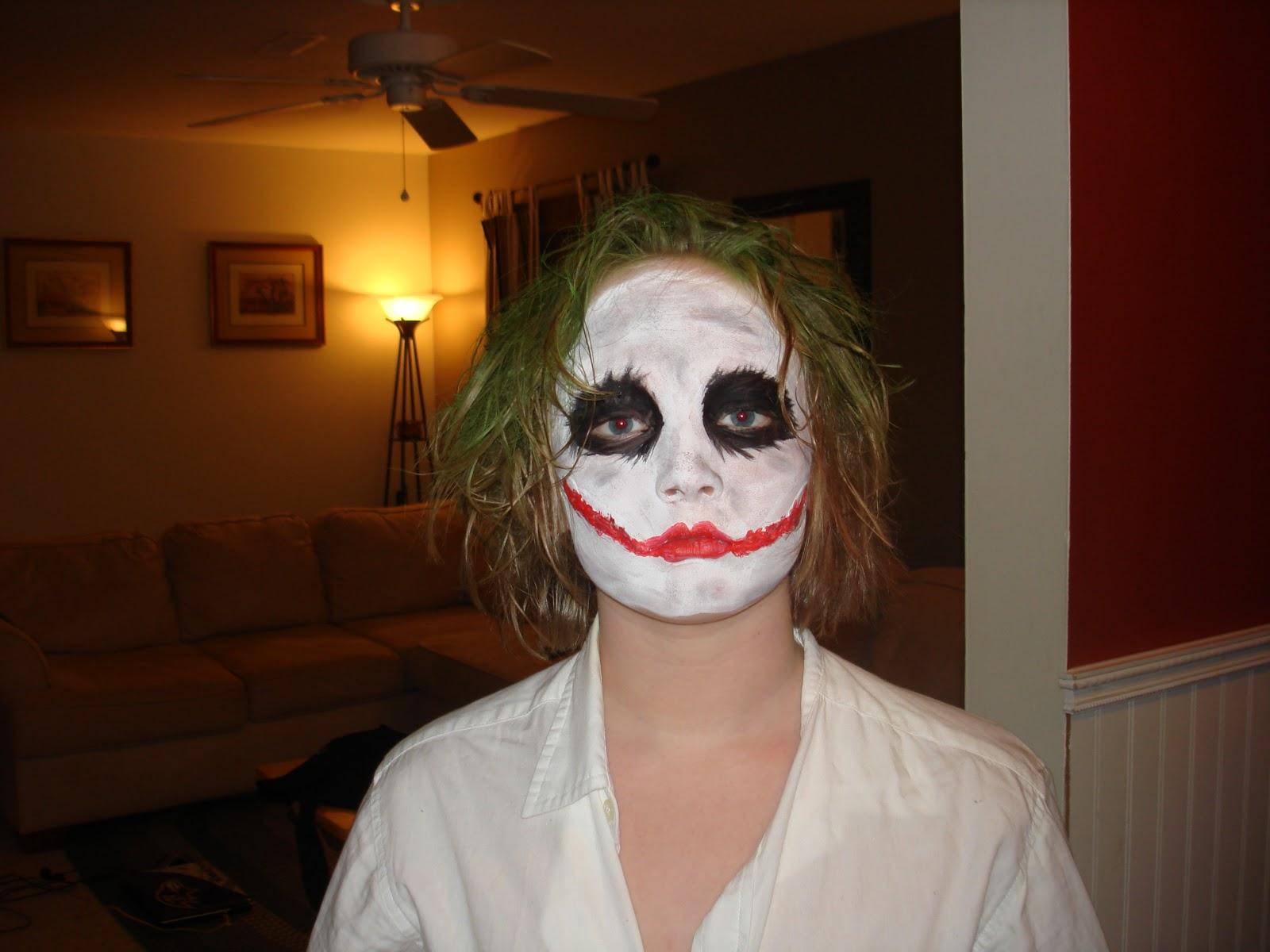 http://4.bp.blogspot.com/--2ASv0ze_Vg/TrIhnVUWxmI/AAAAAAAAA7Q/hWZSDeF4CbA/s1600/Joker%2BHalloween.JPG