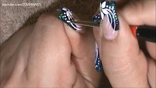 nokti-lakiranje-tutorijal-9-crno-beli-nail-art-dizajn-020