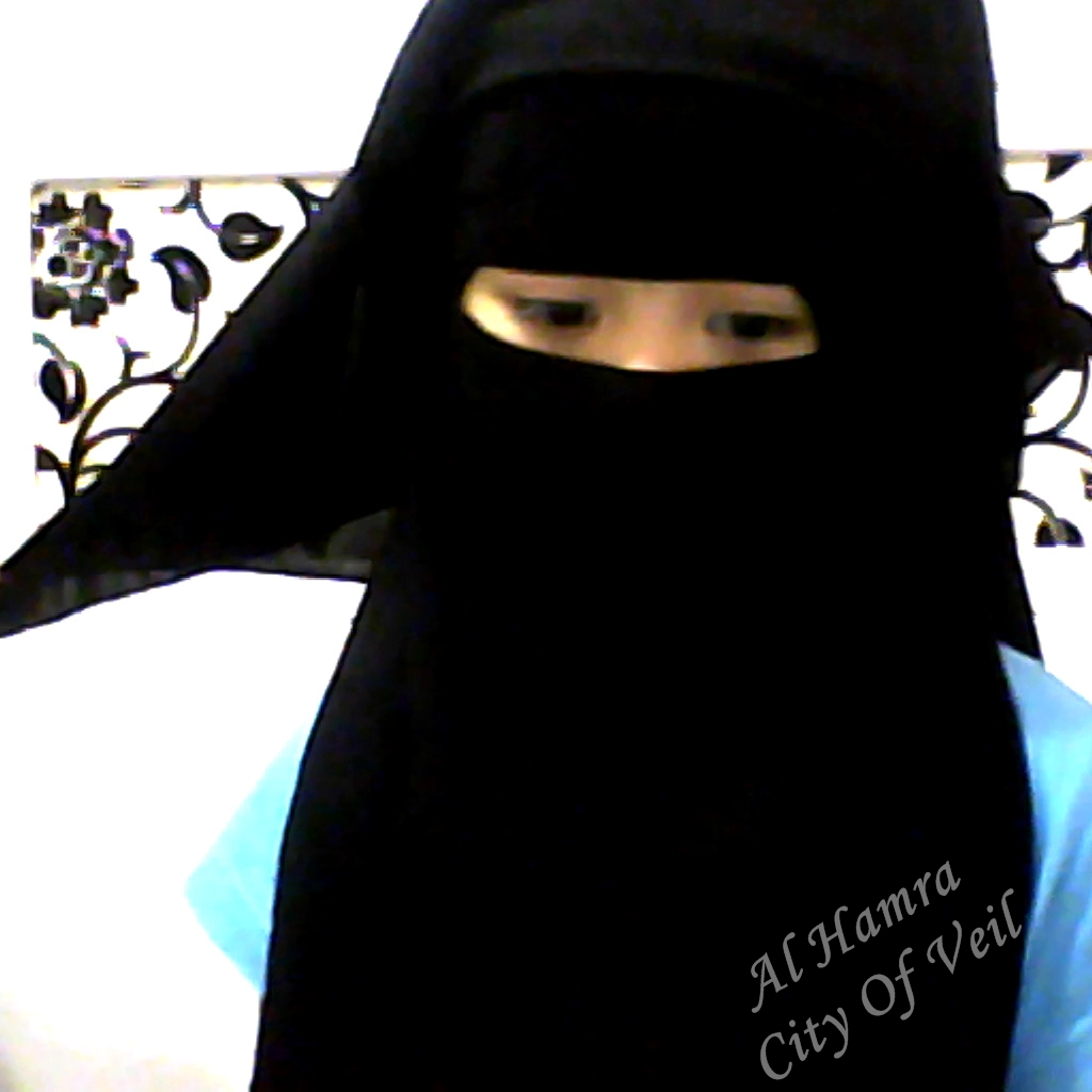 al-Hamra' الحمراء: A GIRL WITH SAUDI 3 LAYER NIQAB