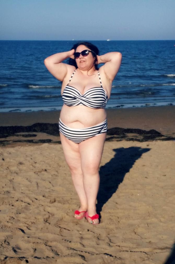 bikini plus size a righe
