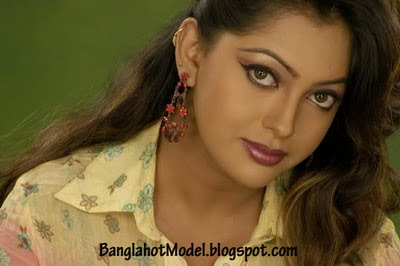 Bangladeshi hot film actress Nipun