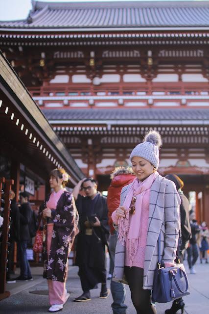 plaid coat, Shein, Prada bag, knitted, black boots, winter, Tokyo, Japan, Christmas 2015