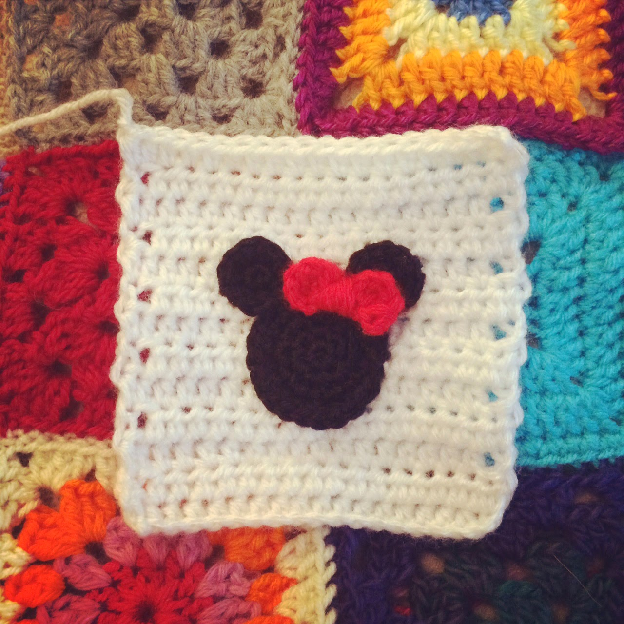 Minnie Mouse Granny Square Patterns Joy Studio Design ...