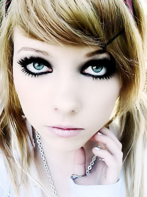 Crazy Emo Hairstyles: Emo Haircuts For Girls - Gallery Emo Hair