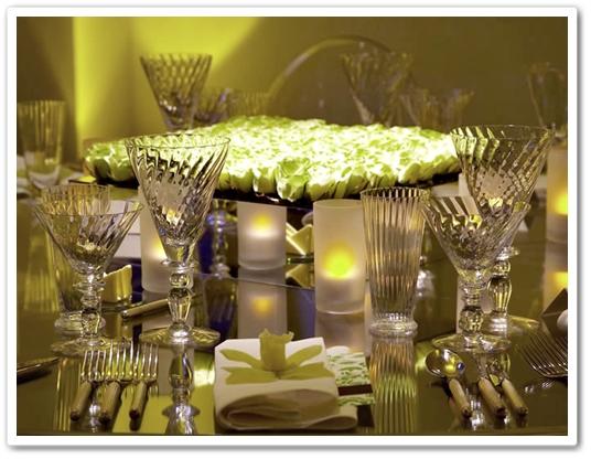 nyårsdukning, blommor nyår, dukning blommor, duknings tips, new year's eve table, flowers new year's table