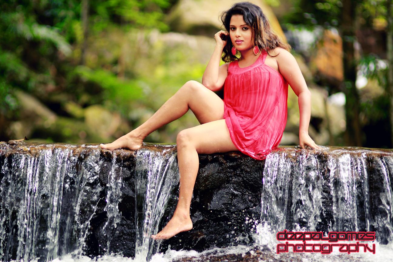sexy photos of Nuwangi Bandara Sri Lankan model