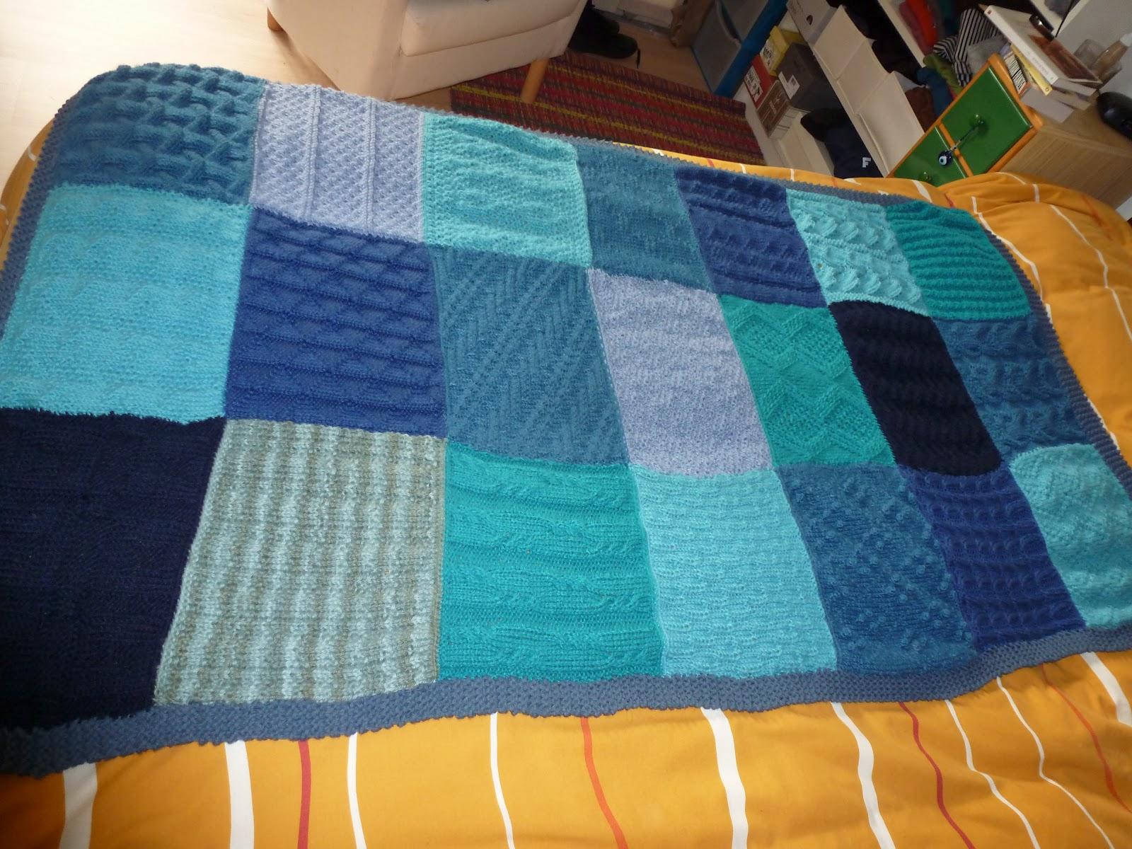 Tejealmu manta azul de punto for Manta punto gordo