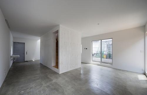 Hogares frescos casa minimalista kdr en tokio jap n - Cemento pulido precio metro cuadrado ...