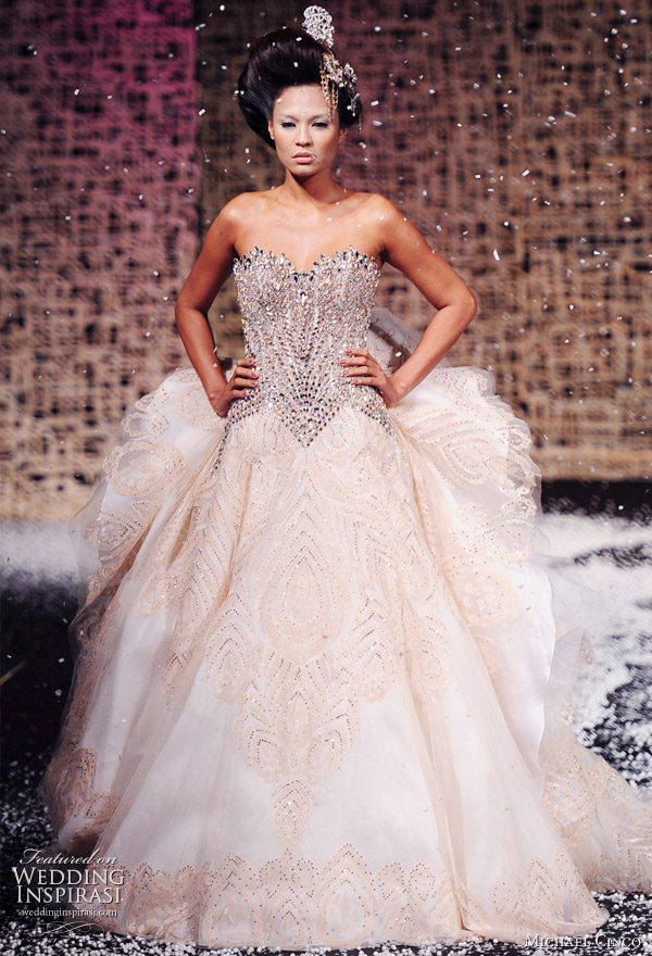 Haute couture wedding dresses designs wedding dresses for Haute couture wedding dresses