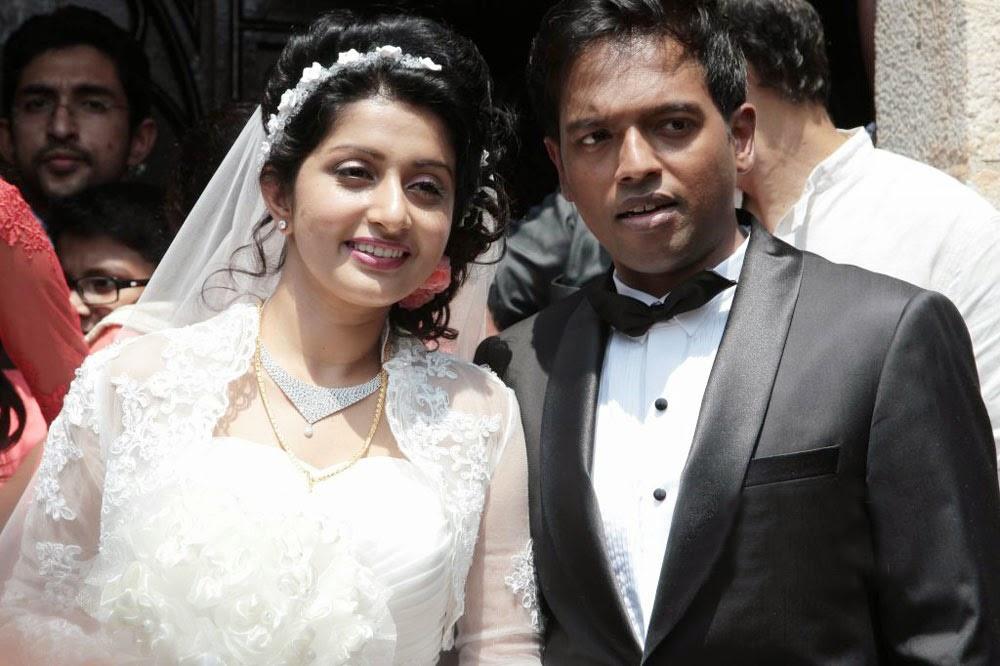 Meera Jasmine Anil Josh wedding photos gallery-HQ-Photo-1