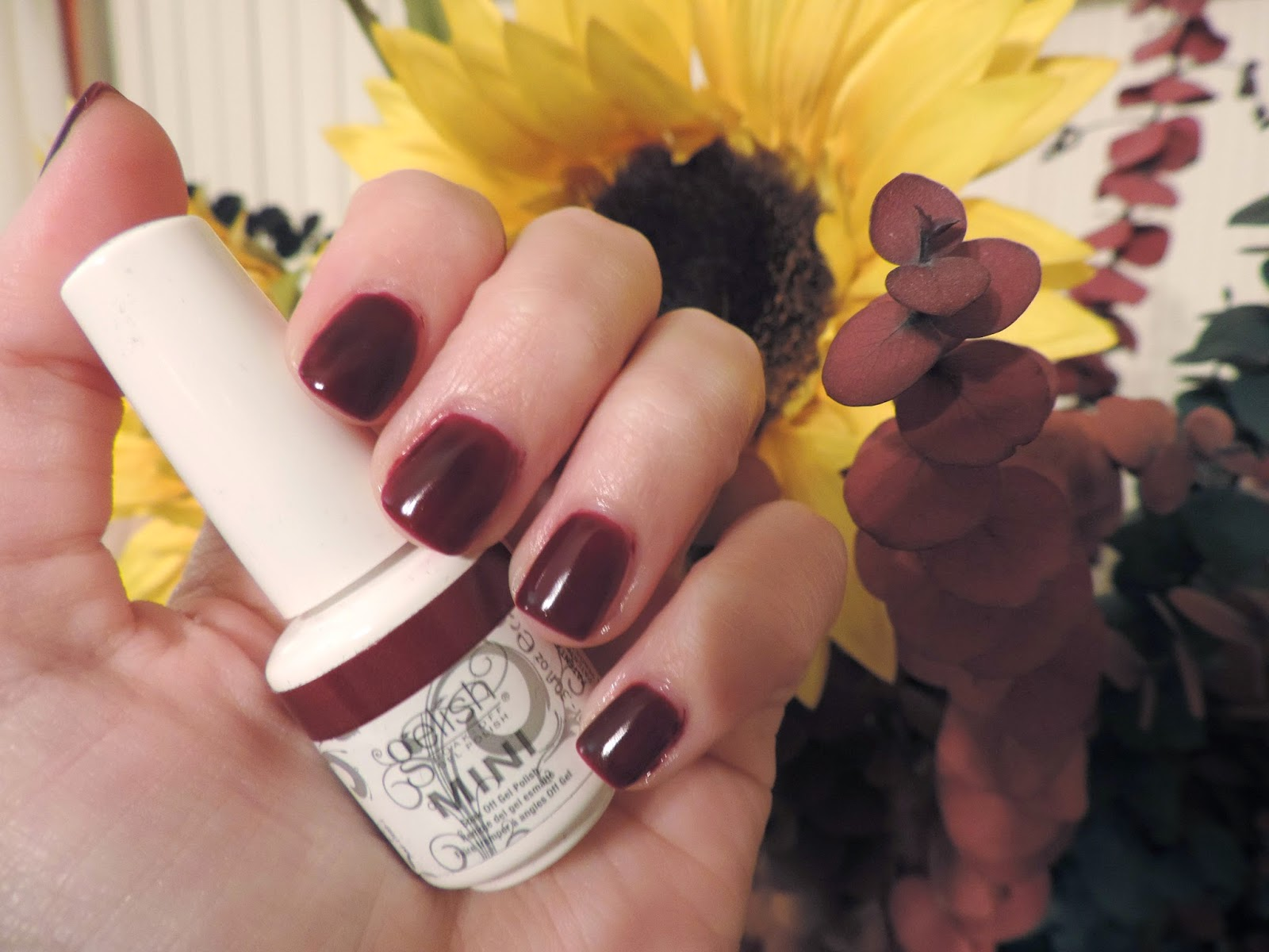 Simple Charm Beauty: Mani Monday | Gelish Black Cherry Berry