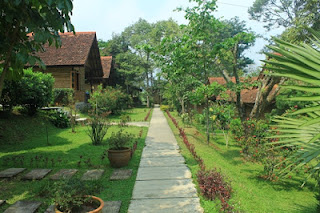 paket outbound di tempat outbund kaki gunung resort desa pancawati kab. Bogor yang terkanl dengan prgram Kampung Wisata Pancawati