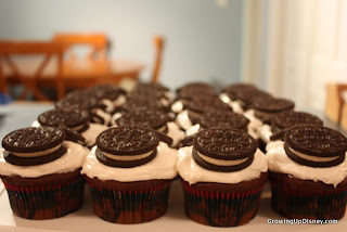 Mickey Mouse cupcakes, oreo cupcakes