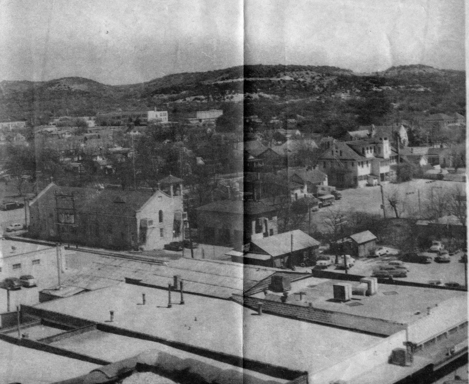 View Looking East Away From Downtown Across Washington Street This Is A Newspaper Clipping 1956 The Photo Was Taken Blue Bonnet Hotel