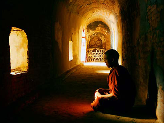 Resultado de imagen de monje tibetano meditando