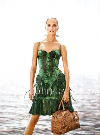 Bottega Venetta spring 2012 ad campaign