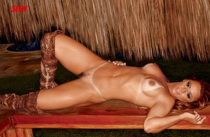 Viviane Araujo Sex 70