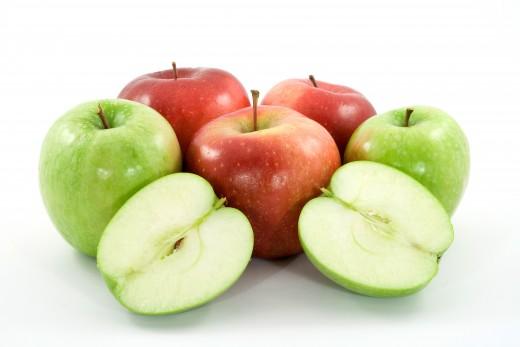 Las semillas de manzanas y otras frutas pueden ser tóxicos para los perros.