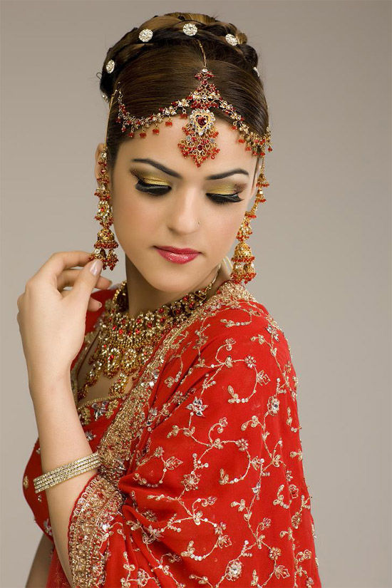 Most Beautiful Indian Brides Pics In Gorgeous Dresses The Genuine Blogging