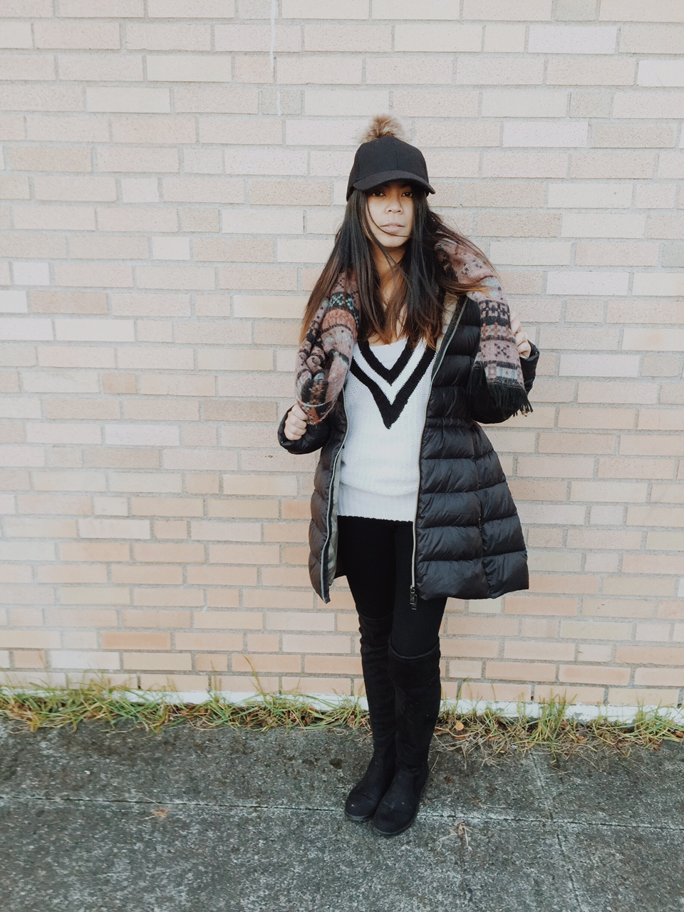 ootd, winter wear, pom pom hat, black knee high boots, aztec print scarf, v neck sweater, portland fashion blogger, fblogger, stylishbloggers,