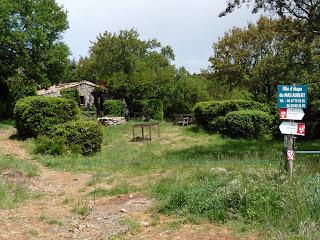 マ・オベール Mas Aubert サン・ギエムの道 Chemin de Saint-Guilhem gite