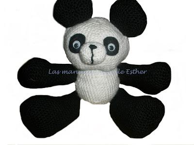 Peluche de oso panda realizado a crochet